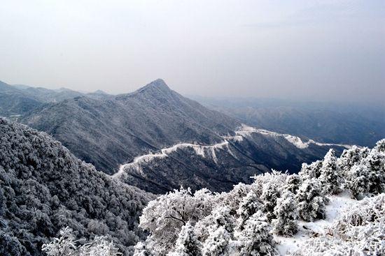 首页 新闻频道 区县新闻 大洪山 > 正文  1月12日,大洪山风景区迎来了