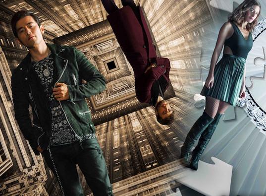 """《惊天魔盗团2》最新发布四款魔术道具海报。片中起关键作用的几款道具与主角之间的命运关系得到更多联结,留下无尽悬念。 由狮门影业重金打造,狮鼠影业协助推广,美籍华裔导演朱浩伟执导,杰西·艾森伯格、伍迪·哈里森、戴夫·弗兰科、丽兹·卡潘、""""绿巨人""""马克·鲁法洛、迈克尔·凯恩、摩根·弗里曼联合周杰伦、""""哈利·波特""""丹尼尔·雷德克里夫主演的"""